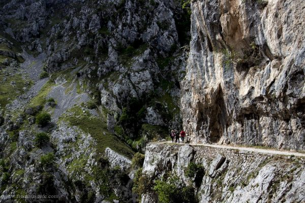 Ruta del Cares - Frontera Verde Aventura