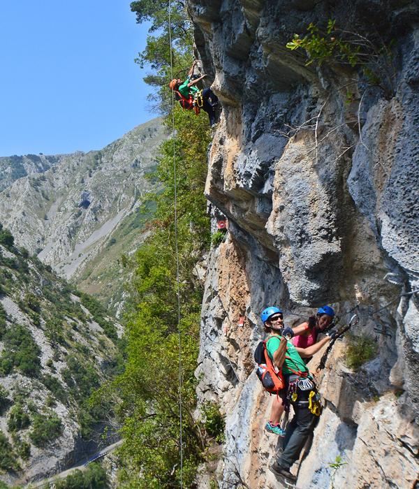 La impresionante Vía Ferrata de Vidosa, en Asturias.